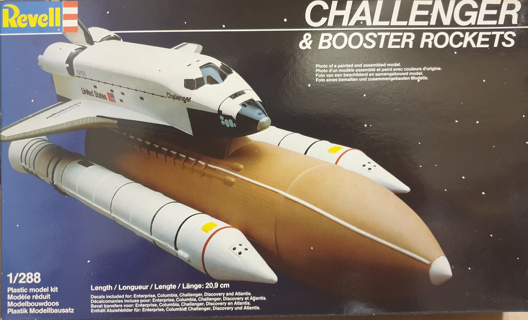 Revell 4528 Challenger & Booster Rockets
